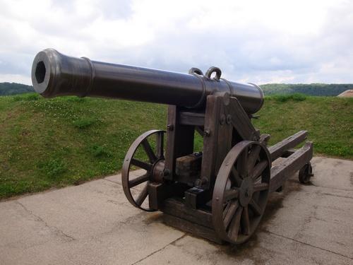 Artilleriegeschütz auf der Zidatelle zu Bitsch